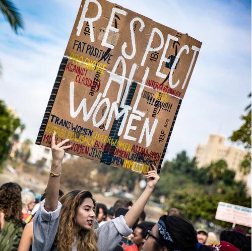 droits-des-femmes-accouchement-respecté